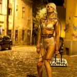 Slike Queeria kalendara za 2012.  %Post Title