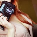 Devojke sa foto aparatima