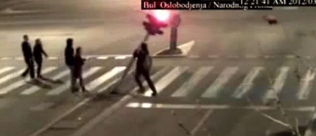 Pijani semafor u Novom Sadu