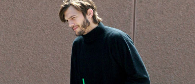 Ashton Kutcher kao Steve Jobs