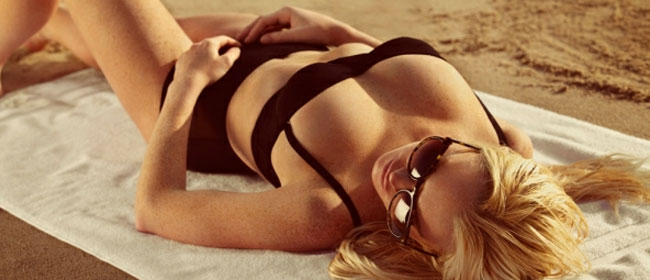 Lindsay na plaži