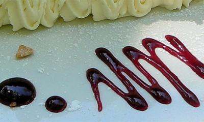 Šareni kolač od šljiva