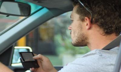 Vožnja: mobilni telefon ne ometa toliko...