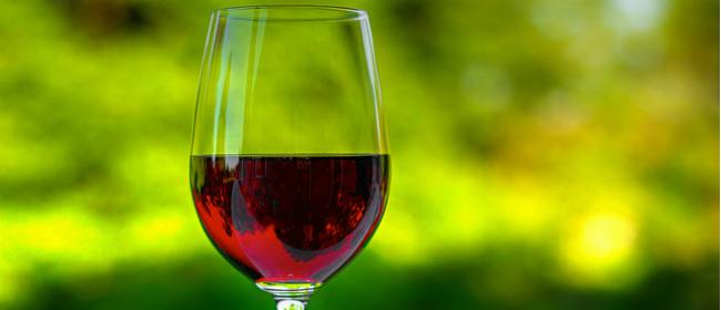 Crveno vino je dobro i za sluh!
