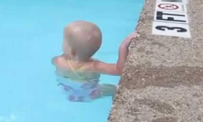 Naučite bebu da pliva