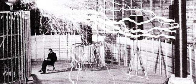 Najpoznatija fotografija Nikole Tesle je LAŽNA?