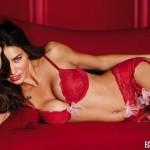 Adriana Lima u vrlo seksi izdanju