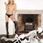 Kate Moss GOLA do kraja  %Post Title