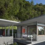 Gola kuća