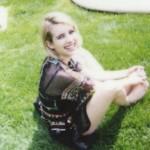 Emma Roberts na nežnim snimcima