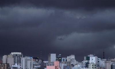 Danas toplo, sparno, uveče grmljavina i kiša  %Post Title