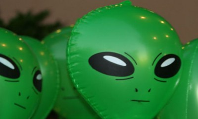 Sve teorije o vanzemaljcima  %Post Title