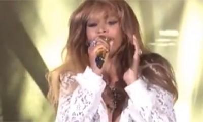 Beyonce se otvorila košulja na koncertu  %Post Title