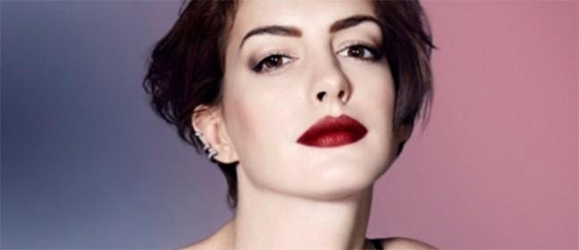 Neverovatno seksi Anne Hathaway