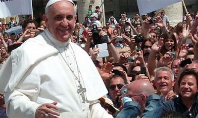 Papa ugostio beskućnike u Sikstinskoj kapeli