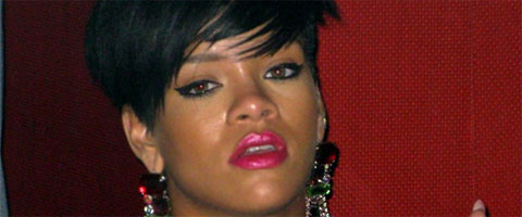 Rihanna časti - Toples za sve