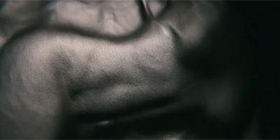 Axe - Miris gole kože