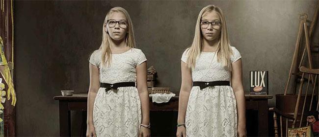 Reklama sa zlim blizancima
