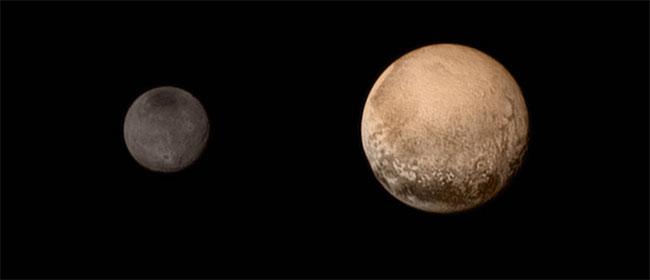 Pravda za Pluton!