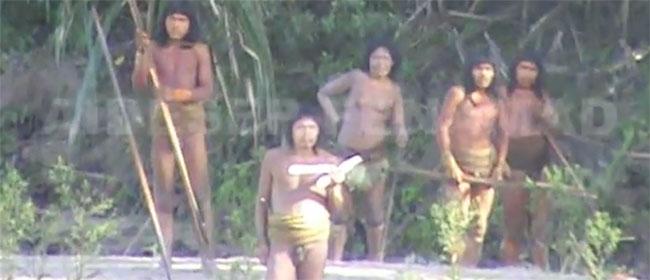 Peru će uspostaviti kontakt sa izolovanim plemenom u Amazoniji