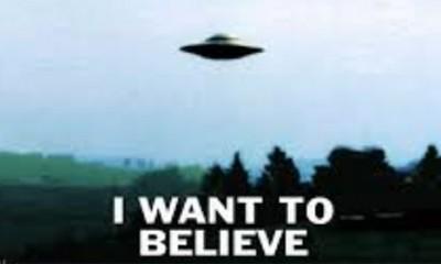 Da li autor Dosijea X veruje u vanzemaljce?
