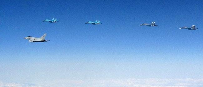 Rusija poslala čak 10 aviona na Estoniju