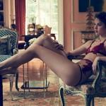Opasna Francuskinja u opasno seksi vešu