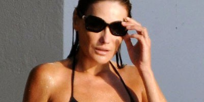 Carla Bruni u bikiniju