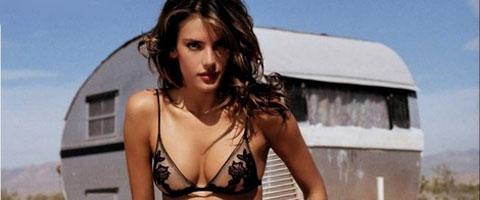 Seksi Alessandra Ambrosio
