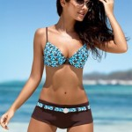 9927-1309111529-Natalia-Siwiec-Swimwear-17-729x1024.jpg