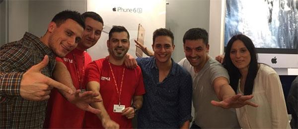 """Glumci iz filma """"Pored mene"""" predstavili mogućnosti novih iPhone 6s telefona"""