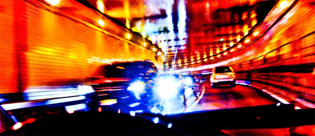 Gedžeti vam za volanom smetaju više nego što mislite