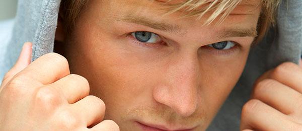 Šta su te žućkaste fleke na očnim kapcima?