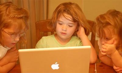 Deca misle da je sve na internetu istina