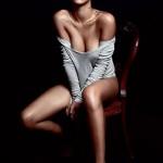 Poprilično gola Rihanna