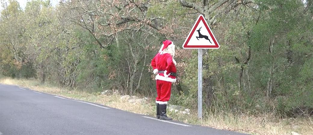 Remi Gaillard u epizodi Deda Mraz