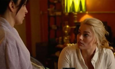 Tina Fey i Margot Robbie u komediji  %Post Title