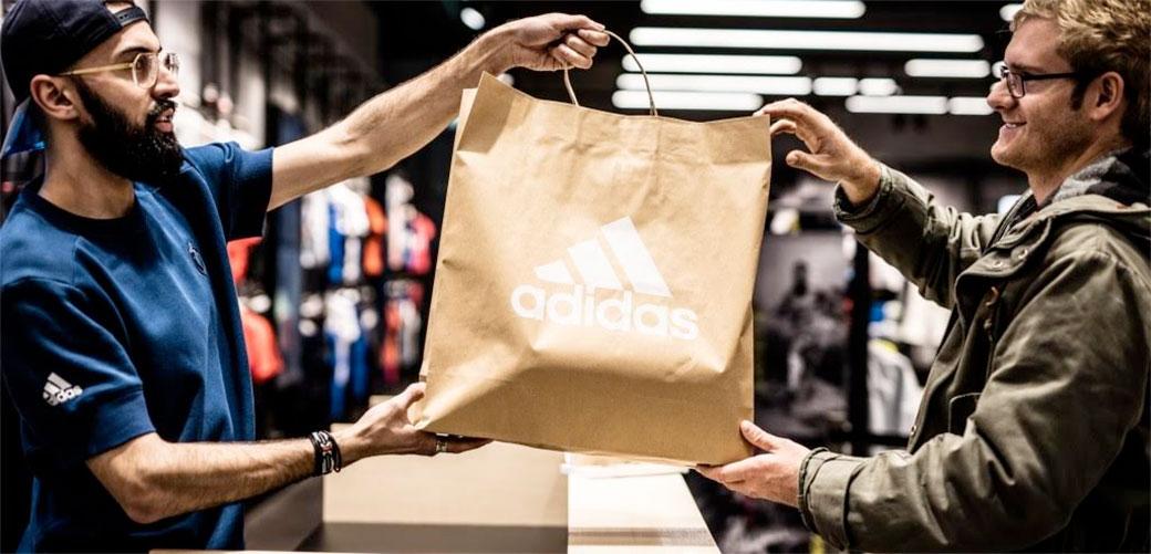 Adidas ukida plastične kese