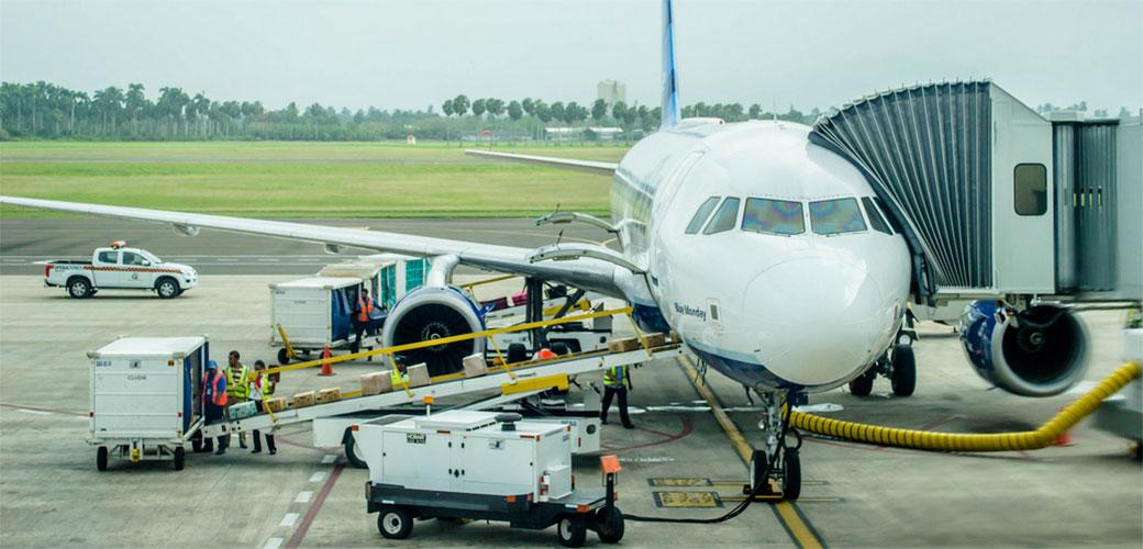 Slika: Ekonomistu izbacili iz aviona zbog obične jednačine