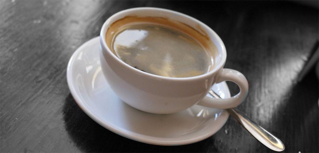 Vrela kafa je opasna za vas