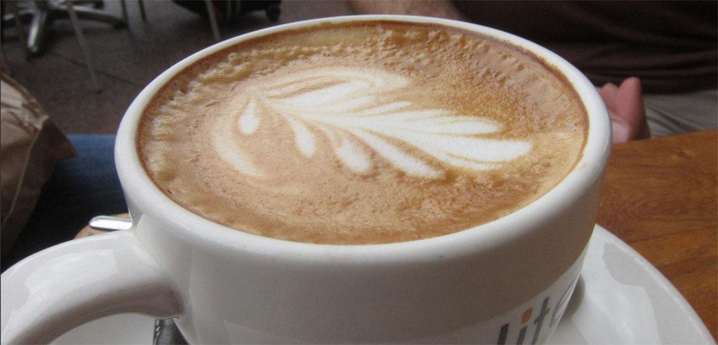 3 situacije kada ne bi trebalo da pijete kafu