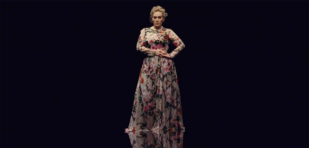 Adele zarađuje 93.000 evra DNEVNO
