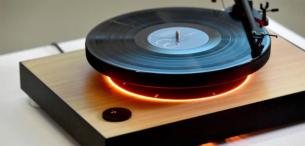Slovenci napravili gramofon koji lebdi