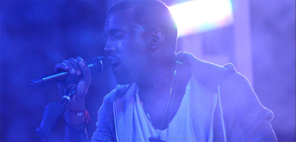 Kanye West još na psihijatriji