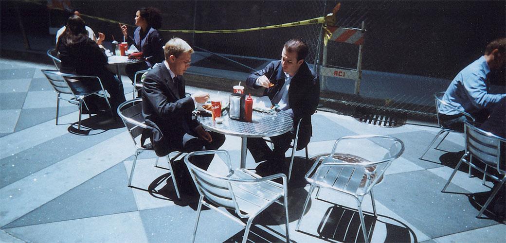 Zašto bi trebalo da ručate sa kolegama?