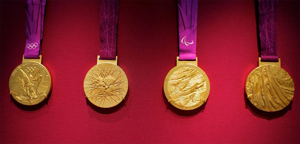 Slika: Japanci prave medalje od recikliranih telefona