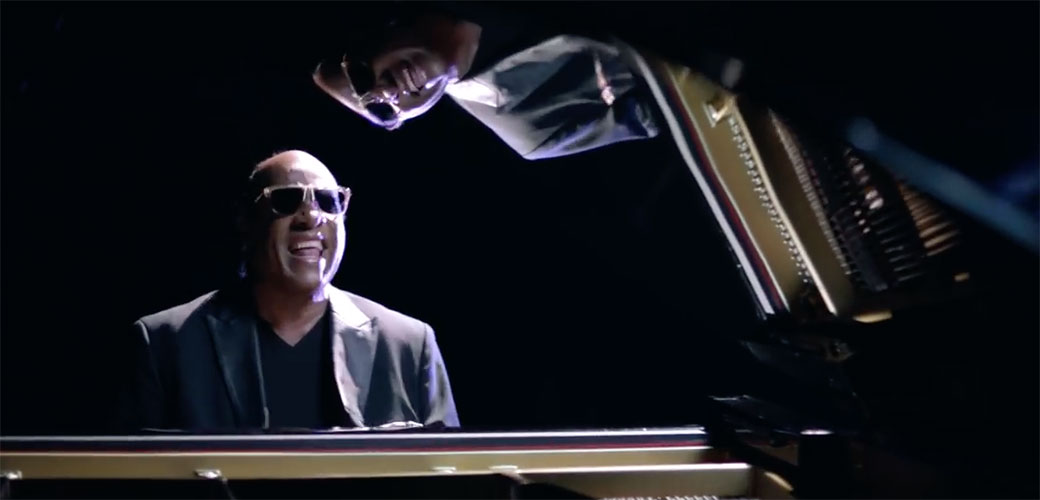 Slika: Stevie Wonder nije slep?
