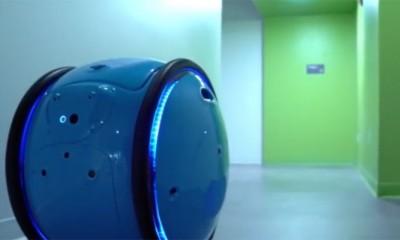 Vespa robot koji vas prati  %Post Title