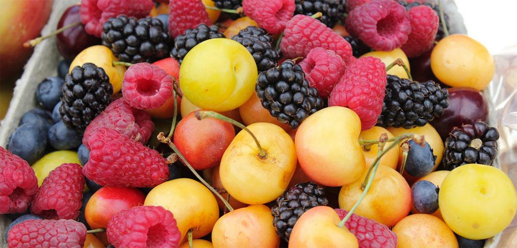 Ovo voće i povrće ima najviše pesticida