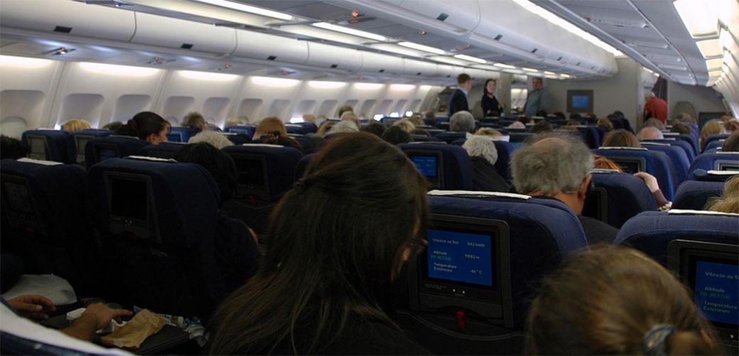 Slika: Evo kada da idete u WC u avionu
